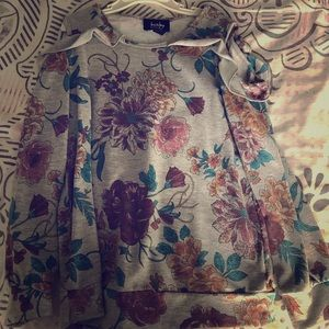 Long sleeve floral shirt, with shoulder holes.